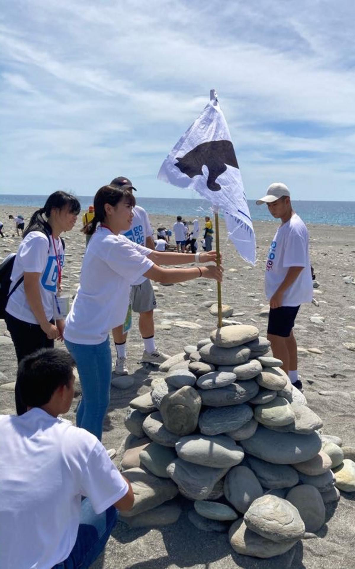 建立石祭壇