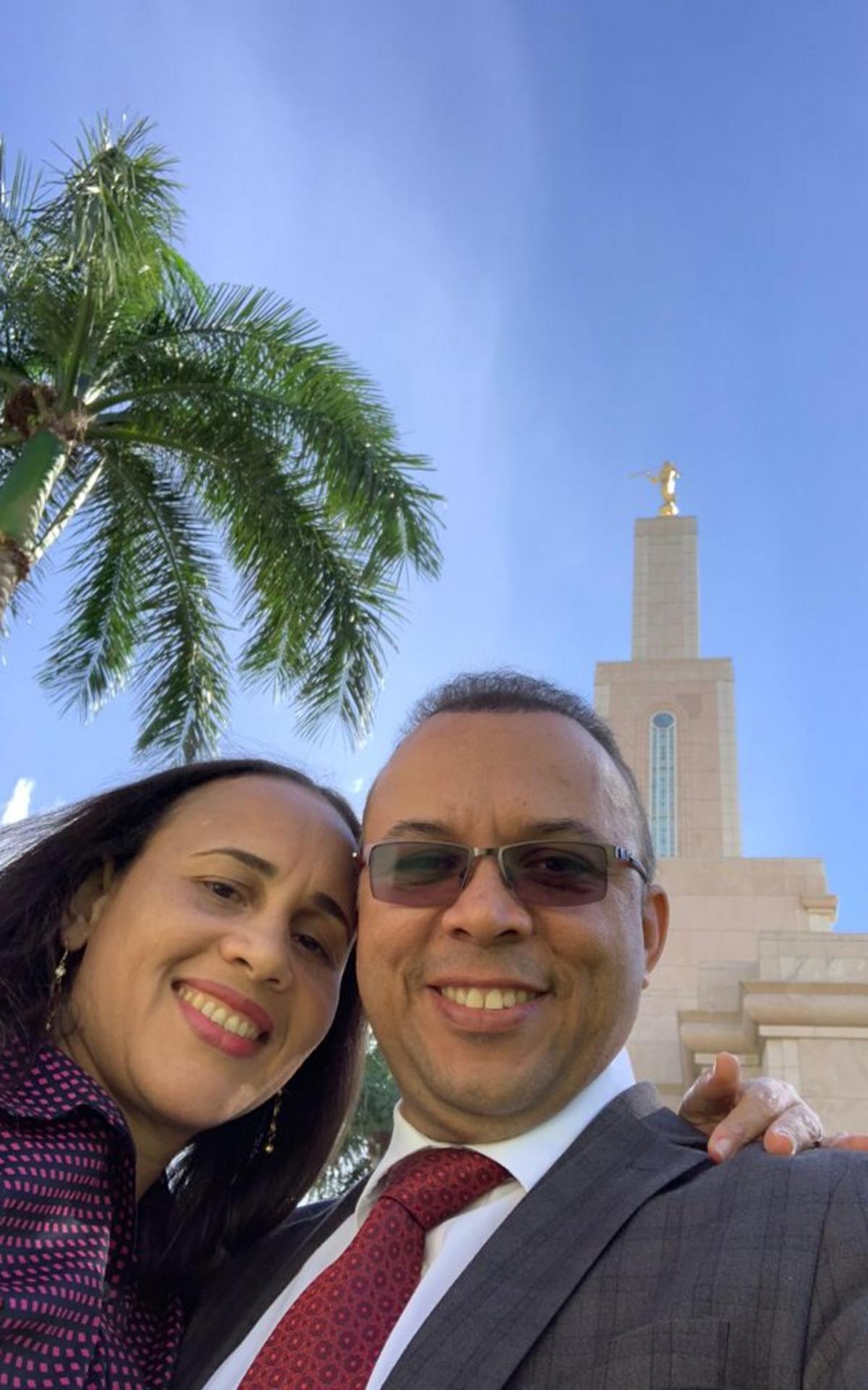 Elder Tomás Familia