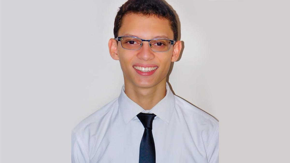 Daniel Sevilla, un miembro SUD quien quiso ir a una misión para proclamar el evangelio de Jesucristo.