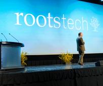 RootsTech passe en ligne en 2021