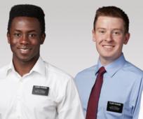 Ιεραπόστολοι: Ένας χωρίς γραβάτα, ένας με μπλε πουκάμισο