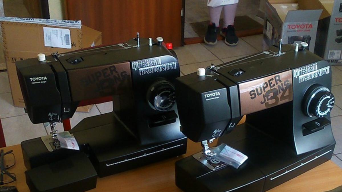 Des machines à coudre ont été achetées pour être utilisées dans les centres sociaux.