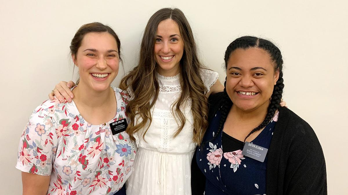 Colleen with Sister Missionaries of the Church of Jesus Christ of Latter-day Saints