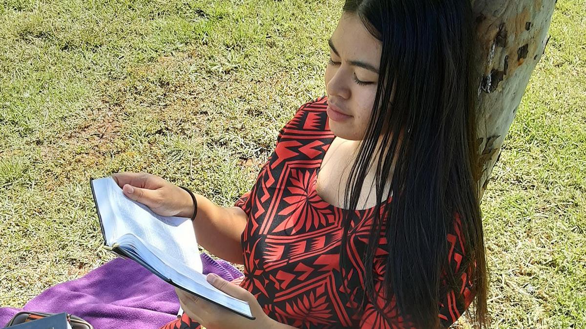 Lorraine Samaseia reading scriptures
