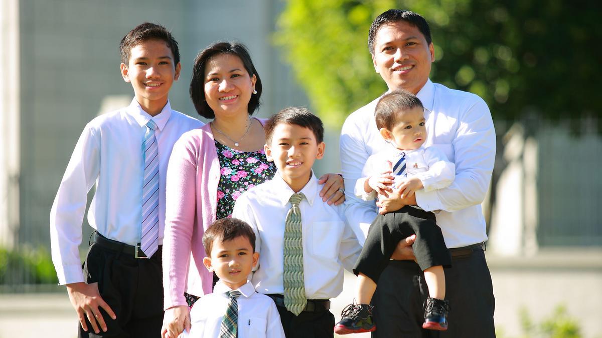 Dumas Family