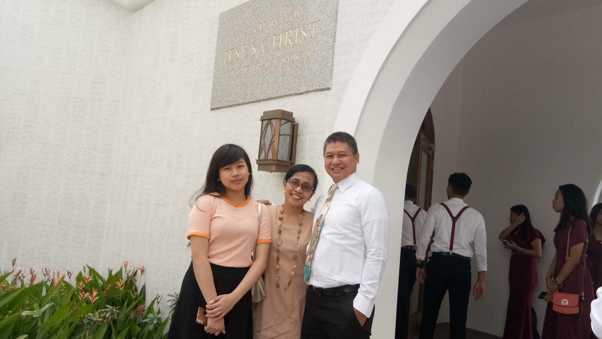Velasco family at the temple.