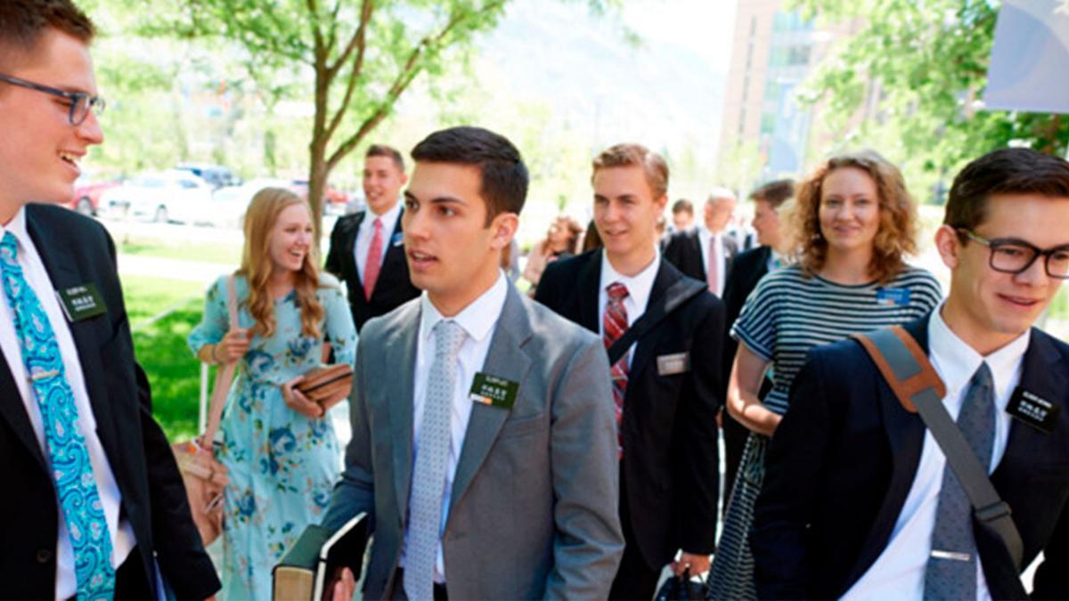 foto de misioneros alegres
