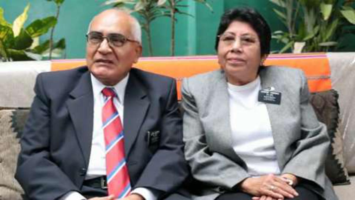 Élder y Hermana Cardenas, misioneros de servicio