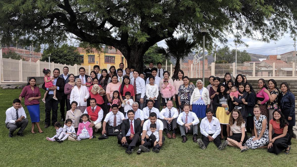 Miembros de Bolivia con misioneros retornados SUD