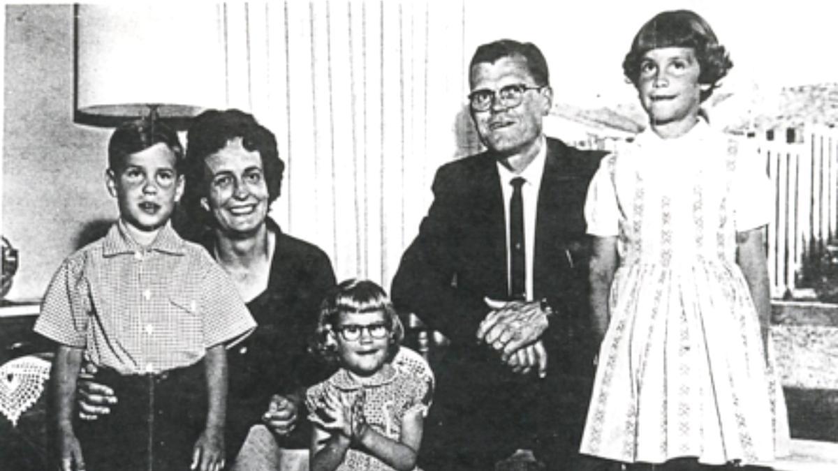 Presidente Sterling Nicolaysen y su familia en Lima, Perú.