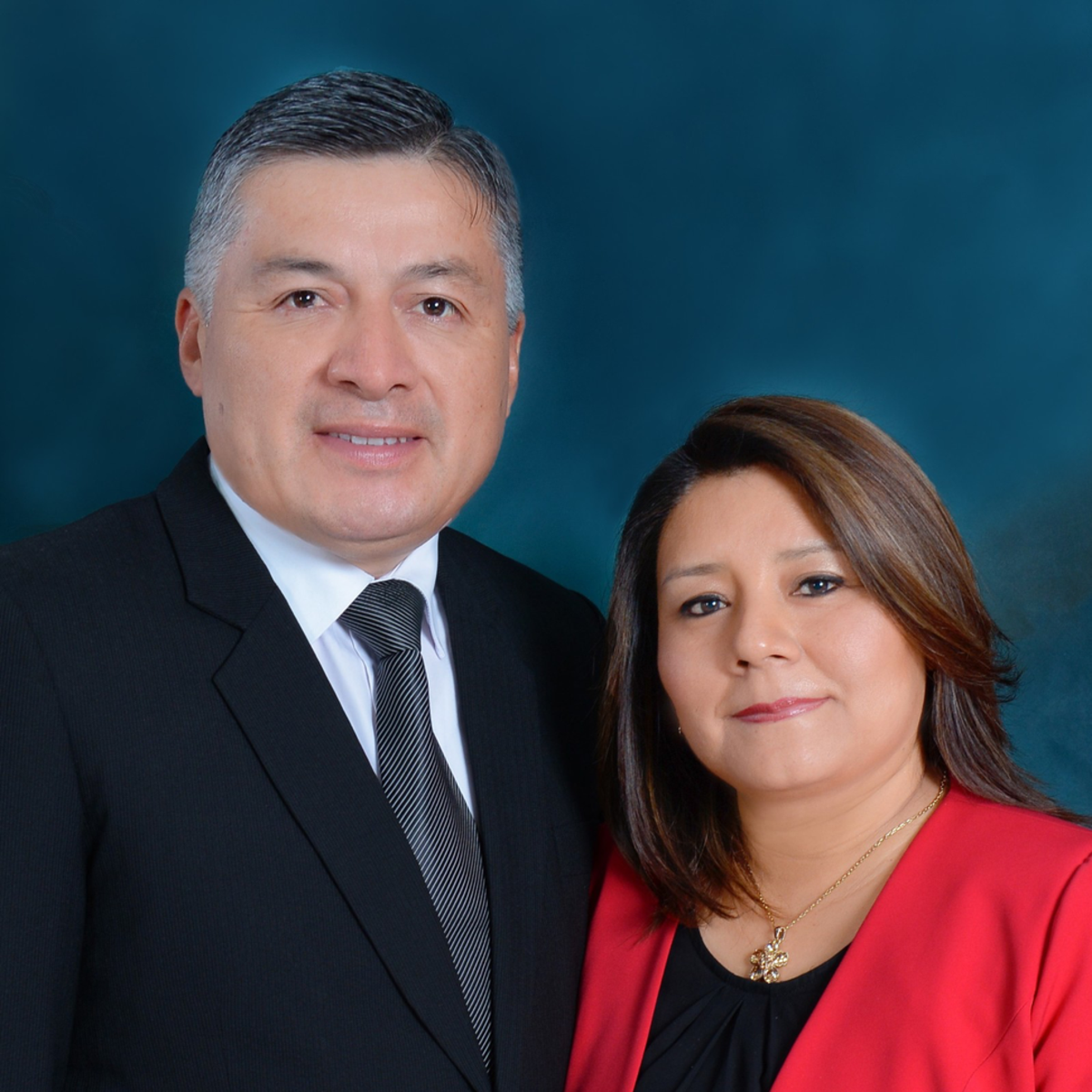 El Presidente Garcia y su esposa de la Misión Perú Cusco