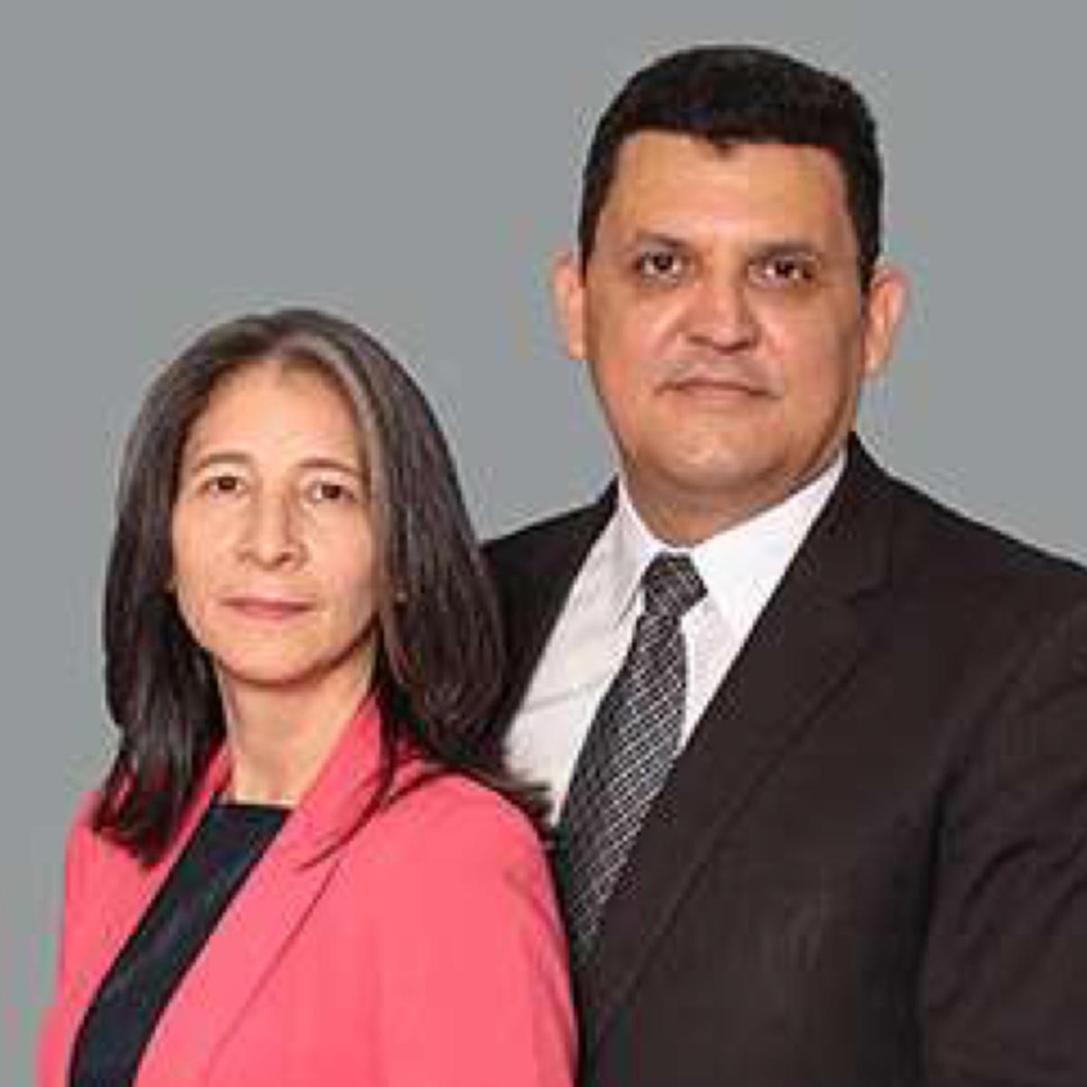 El Presidente Palma y su esposa de la Misión Venezuela Valencia