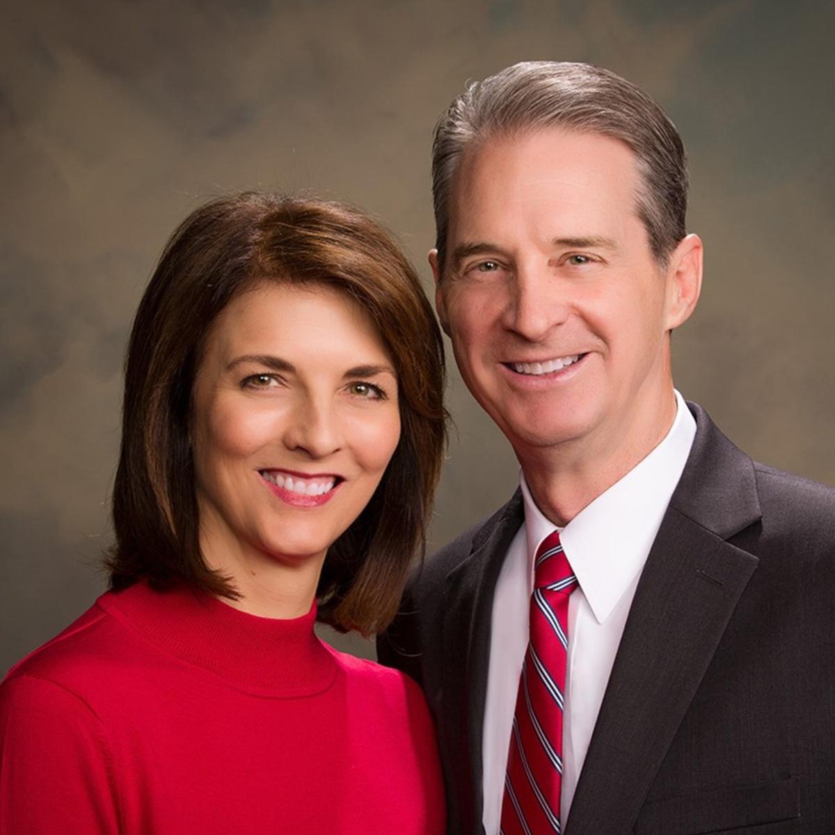 El Presidente Stanford y su esposa de la Misión Bolivia Santa Cruz