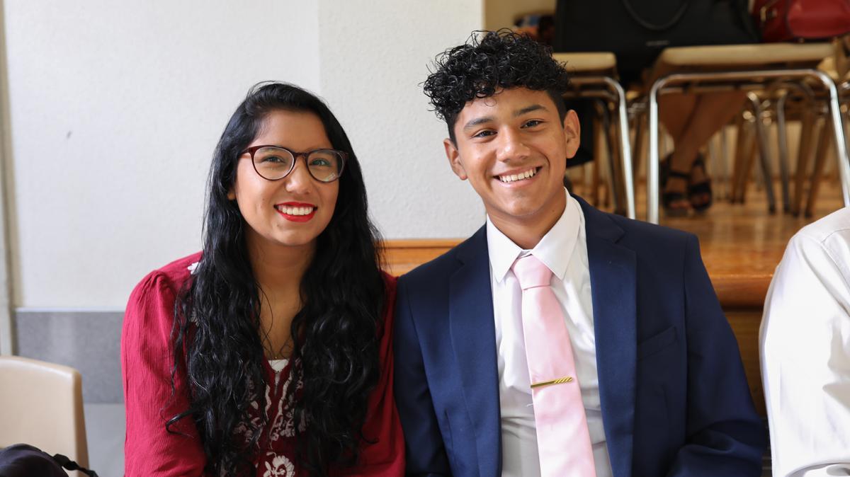 Dos jovenes