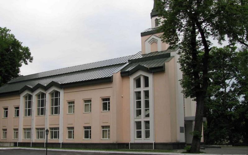 Тимчасова заборона на проведення зборів членів Церкви залишається в силі