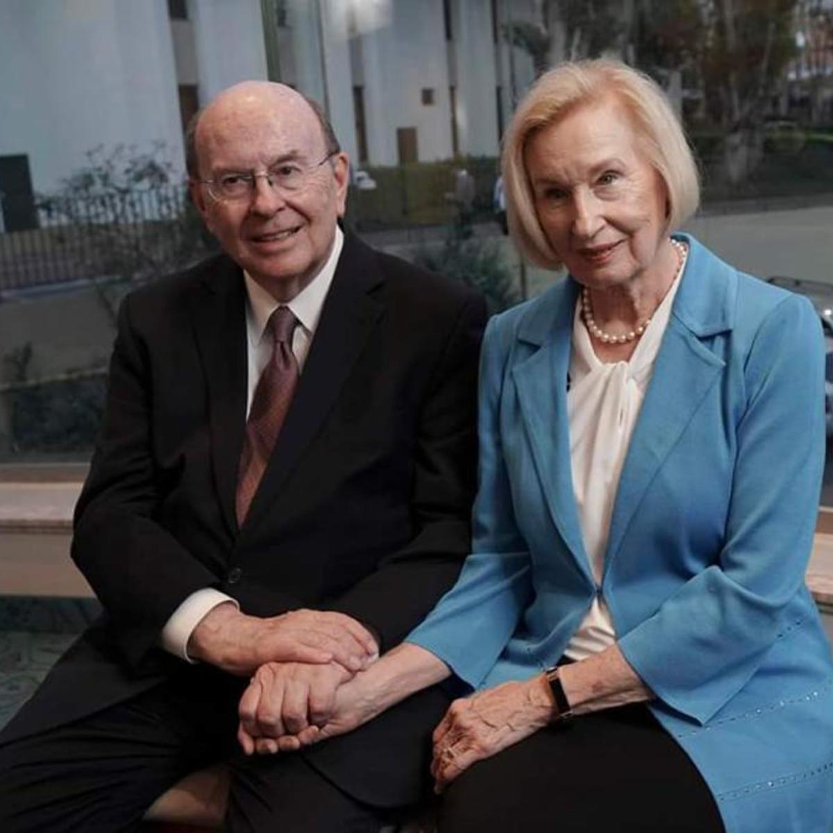 Elder Cook e sister Cook durante a passagem pelo Brasil