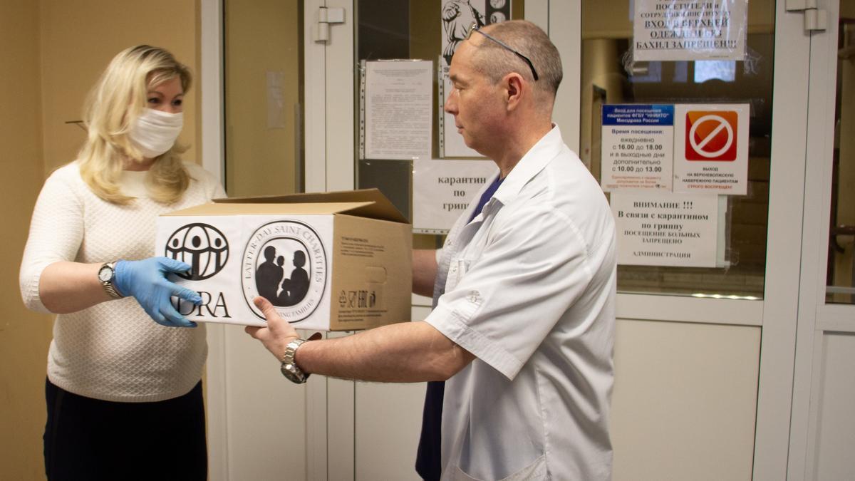 Проект по обеспечению медперсонала и пациентов защитными масками реализован благодаря поддержке Благотворительной службы СПД