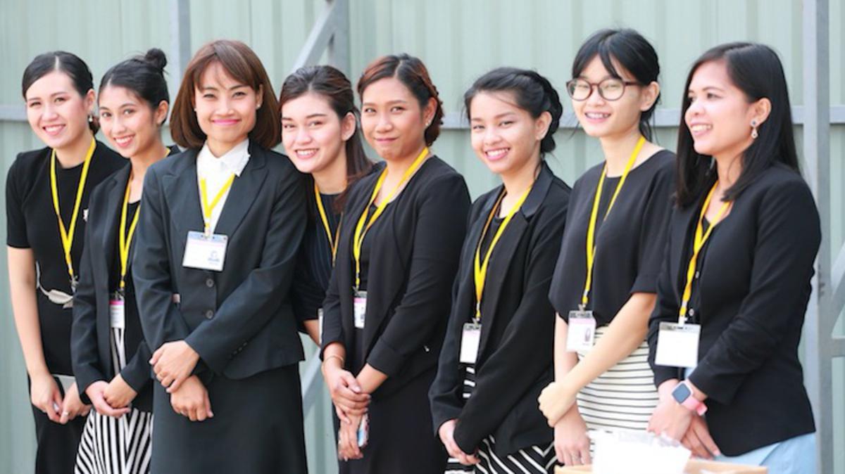 Pemimpin Gereja Melakukan Pencangkulan Pertama untuk Bait Suci di Bangkok