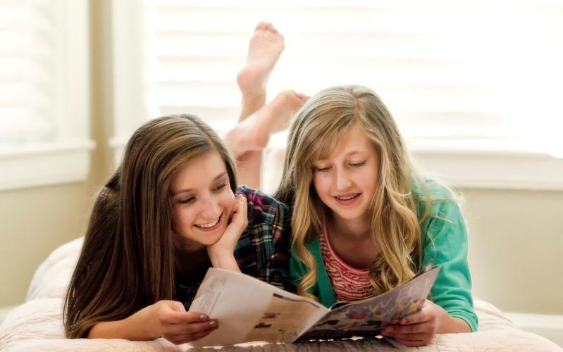 นิตยสารฉบับใหม่ 'เพื่อความเข้มแข็งของเยาวชน' จะออกไปสู่วัยรุ่นวิสุทธิชนยุคสุดท้ายใน 140 ประเทศ