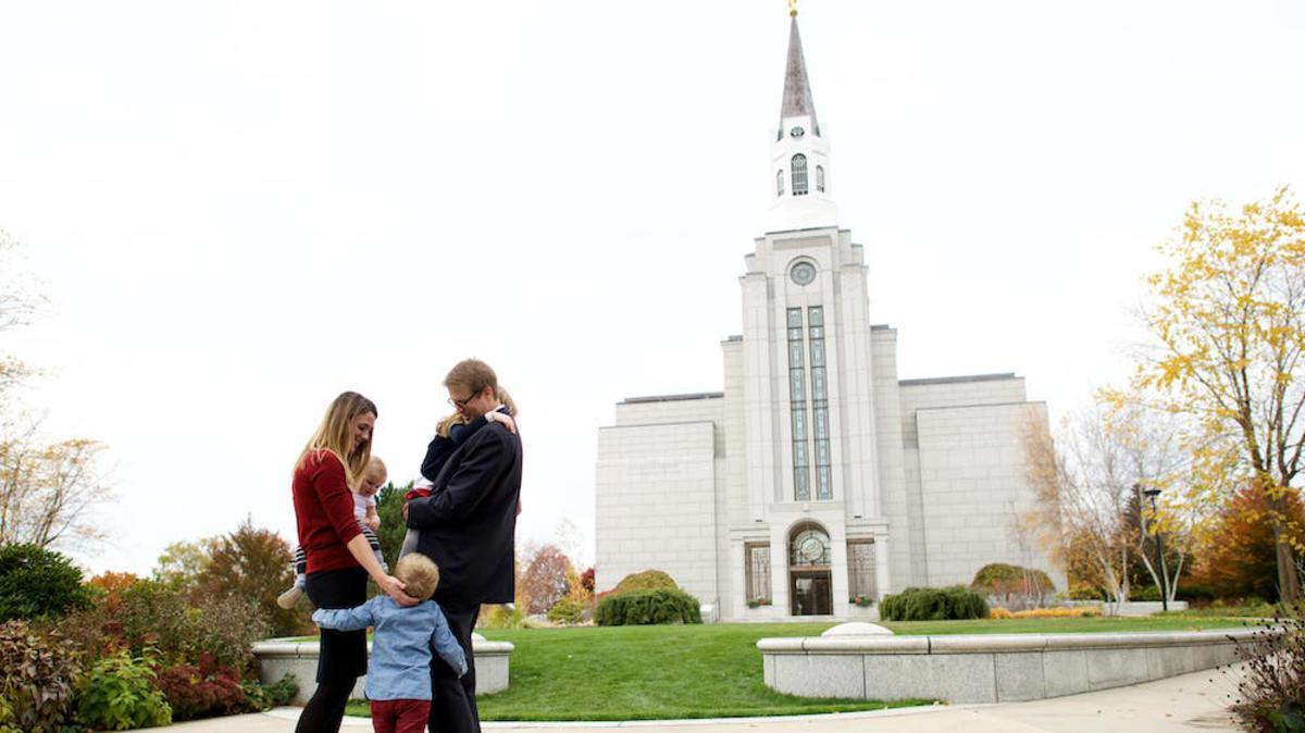 Bait Suci dan Sejarah Keluarga