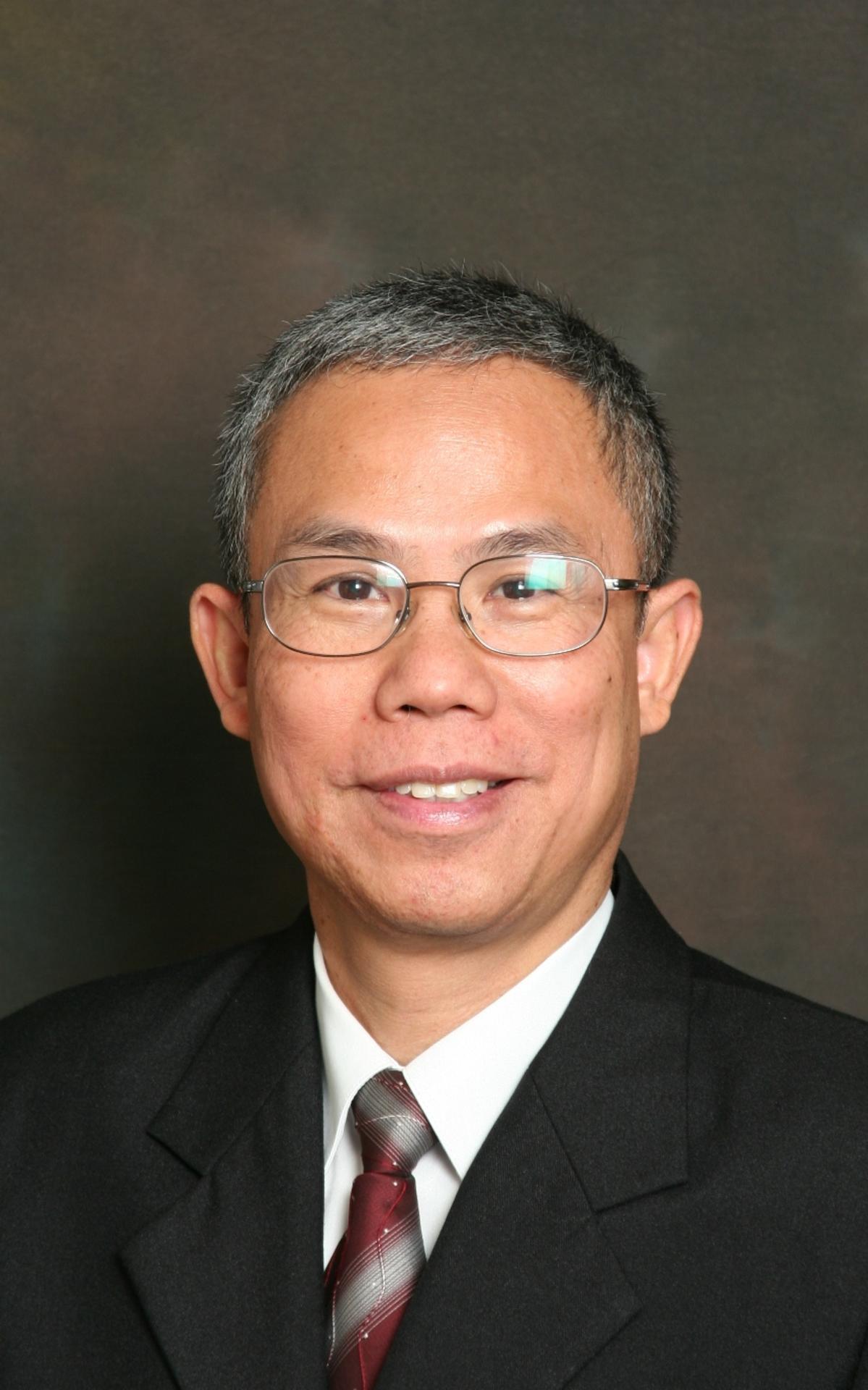 Elder Wisit Khanakham