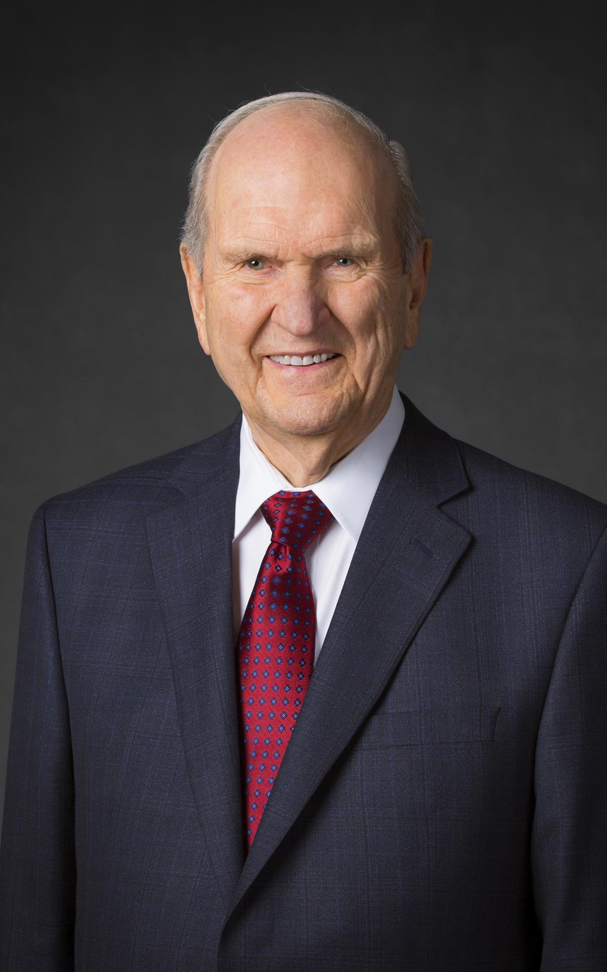 ประธานรัสเซลล์ เอ็ม. เนลสัน