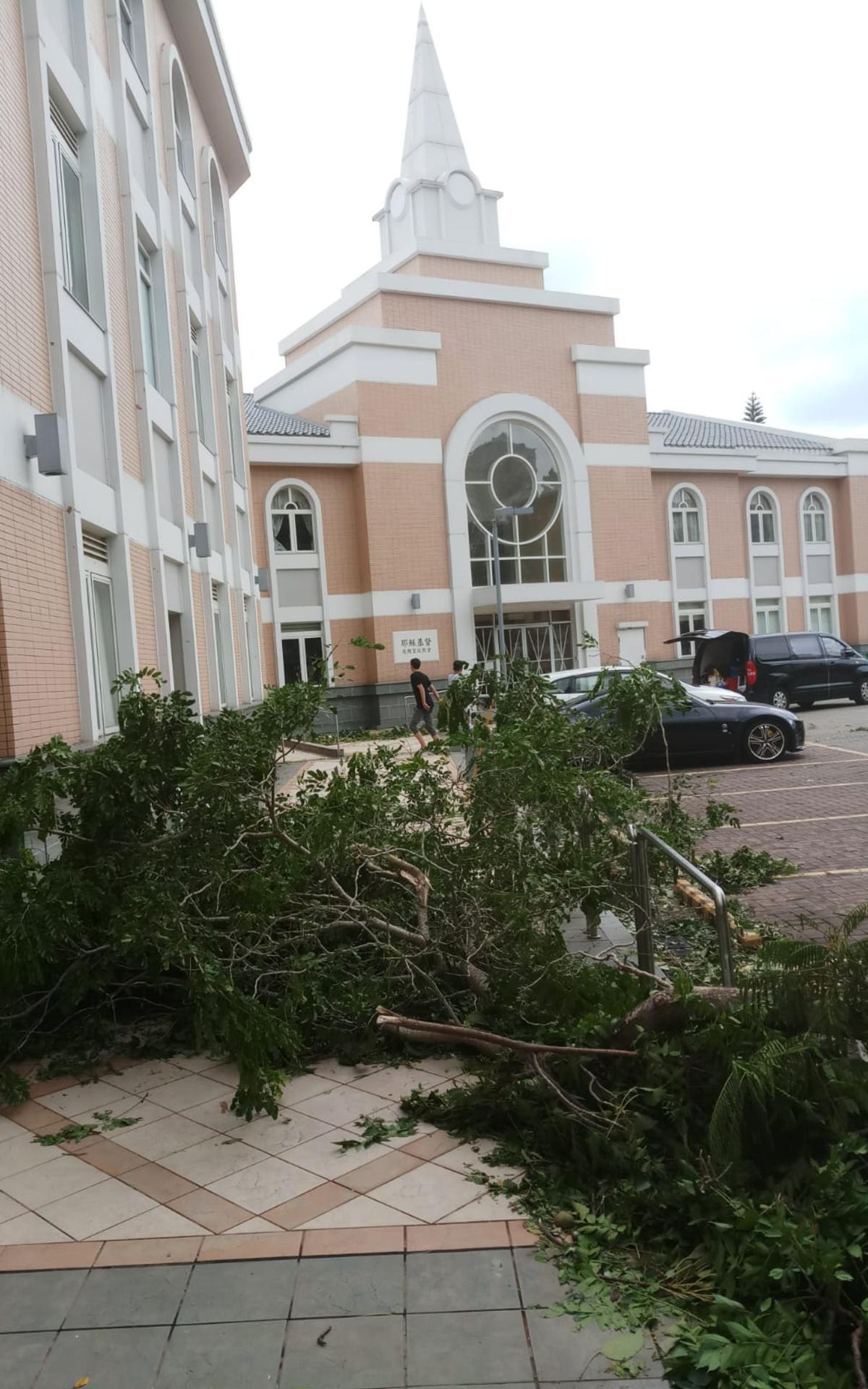 颱風山竹: 傳教士在全港提供服務6