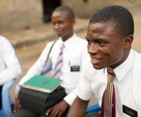 BERITA UTAMA: Gereja Mengumumkan Penyesuaian Misi