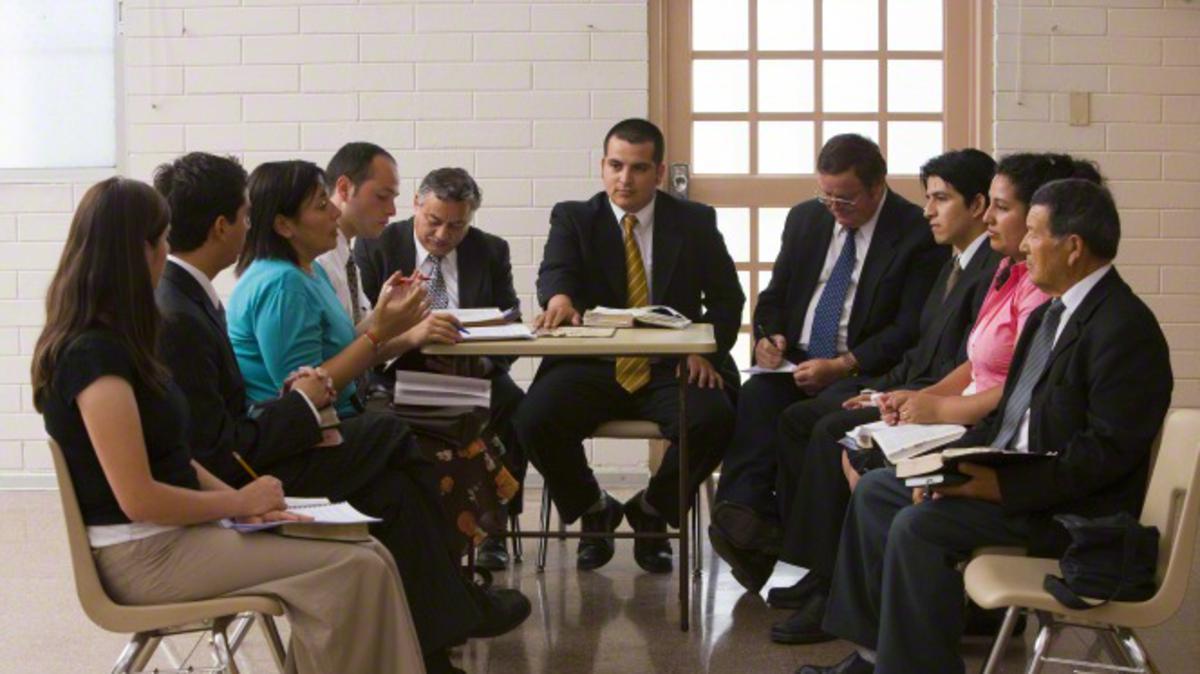 Dewan Lingkungan dan Pertemuan Sakramen