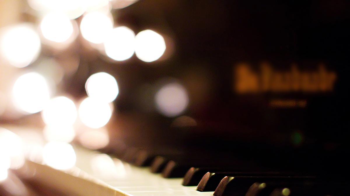 Âm Nhạc cho Giới Trẻ