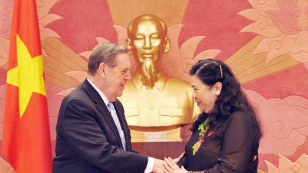 Phái Đoàn Giáo Hội Các Thánh Hữu Ngày Sau của Chúa Giê Su Ky Tô Đến Thăm Hỏi Các Vị Lãnh Đạo Nhà Nước Việt Nam