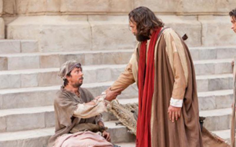 Jesus ajudando os outros.