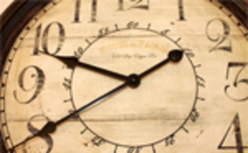 Um relógio antigo.