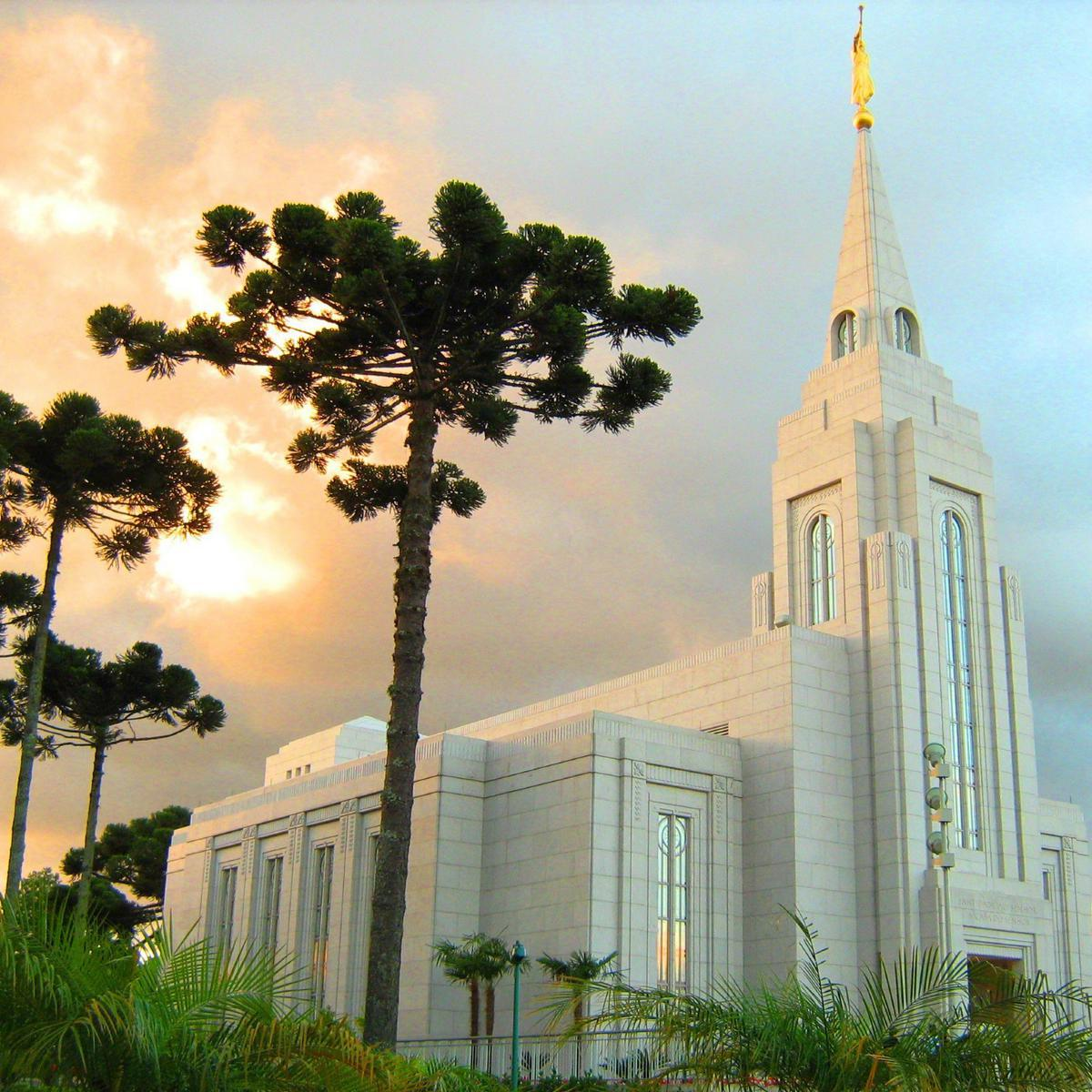 curitiba-templo-de-a-igreja-de-jesus-cristo