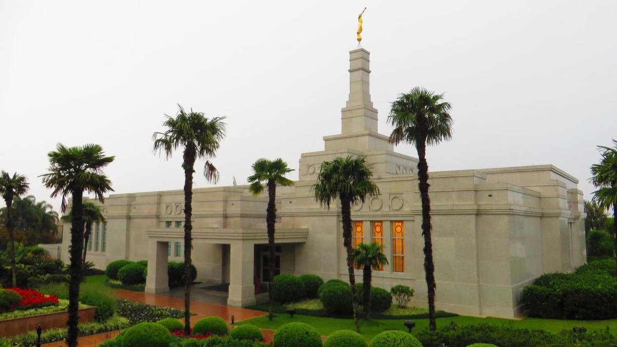 Templo mormon na cidade de Porto Alegre