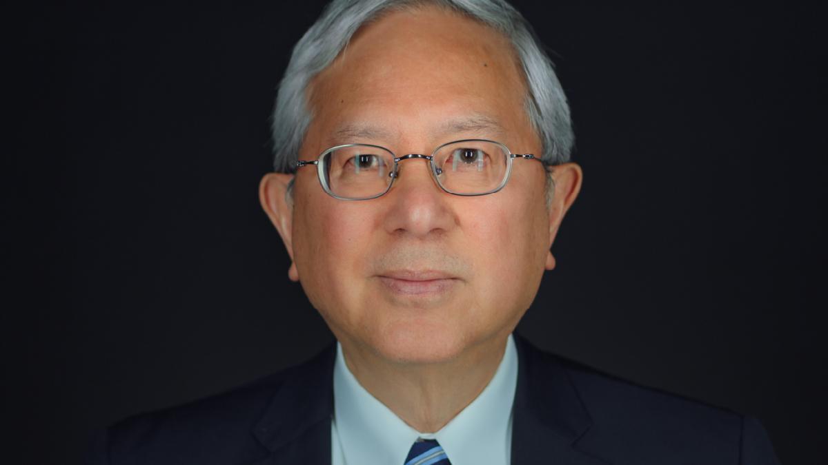 старейшина Герит У. Гонг