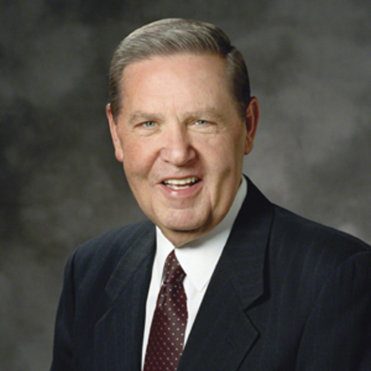Jeffrey R. Holland an apostle of Jesus Christ