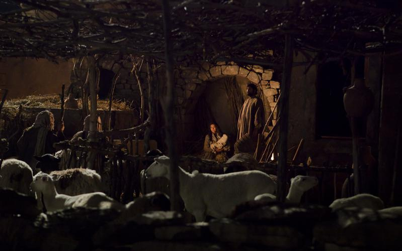 shepherds visiting the manger
