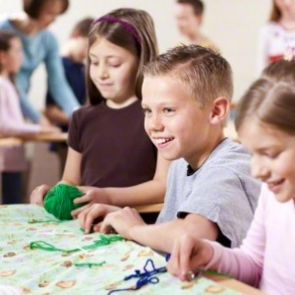 Children quilting