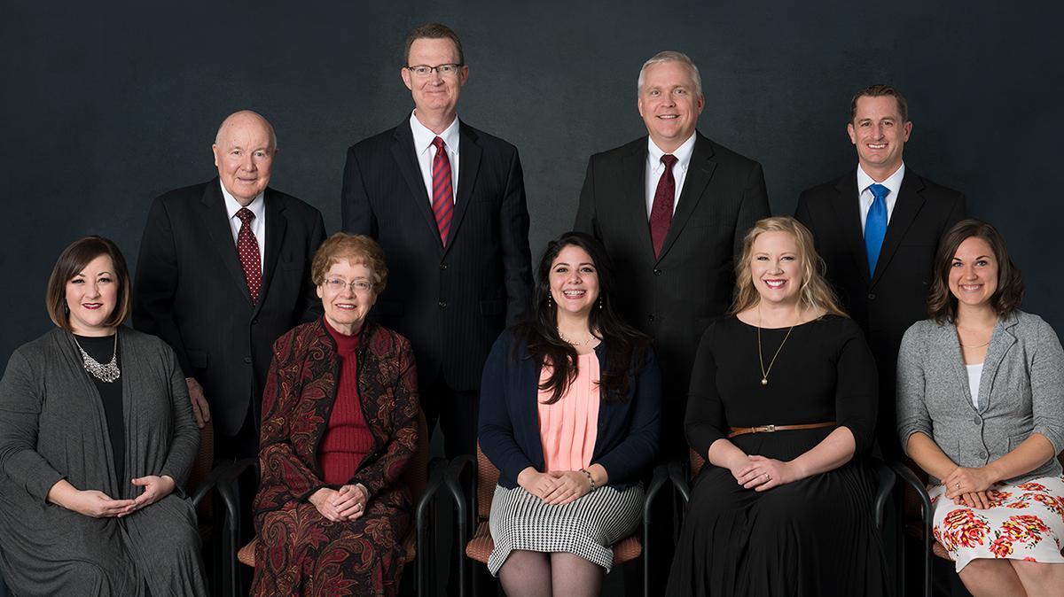 Členové výboru pro náboženské písně