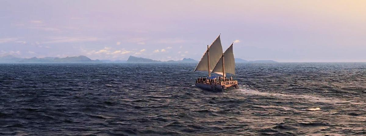 Corabia lui Nefi pe mare.