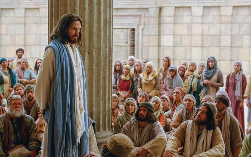 Jesus Christ teaches in the temple in Jerusalem