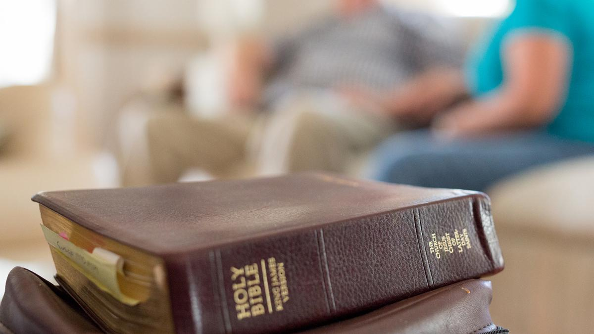 Mormon doctrine teaches that we can feel the Holy Ghost's influence when we read God's word.