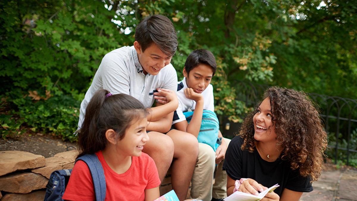 Sostenere i bambini e i giovani: Una trasmissione per i genitori e i dirigenti