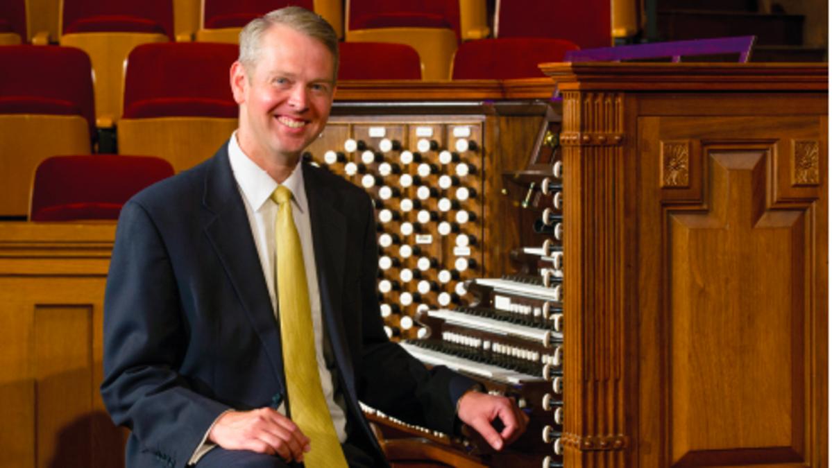 Der Organist Andrew Unsworth vom Tabernakelchor am Tempelplatz spielt Bach, Böhm, Brahms u.a.