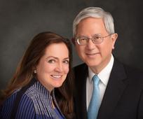 In einer Andacht am 10. Jänner 2021 sprechen Elder Gerrit W. Gong vom Kollegium der Zwölf Apostel und seine Frau Susan.