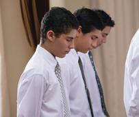 Der Priestertumsdienst in der Kirche erfordert sowohl äußere als auch innere Reinheit. Manchmal trüben negative Gefühle unsere Beziehung zu Gott und zu unseren Mitmenschen. Als sich Bruder Mayrl auf eine Mission vorbereitete, half der Herr ihm, alte Hassgefühle aufzulösen.