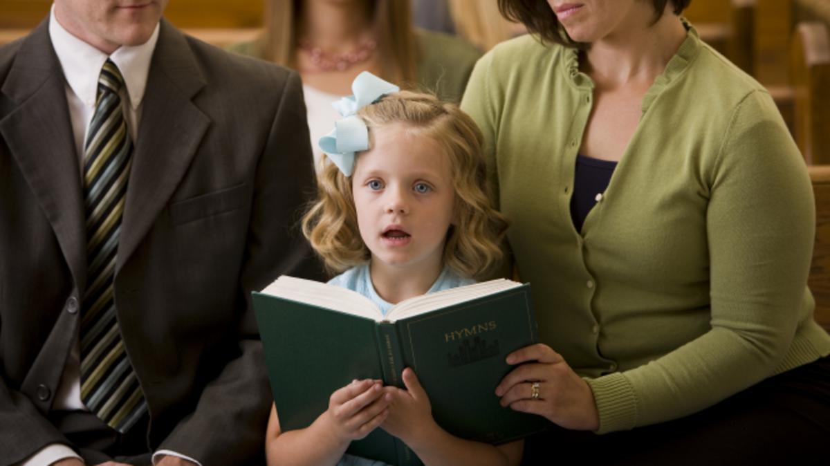 Auch dr gemeinsame Gesang ist Teil des sonntäglichen Gottesdienstes.