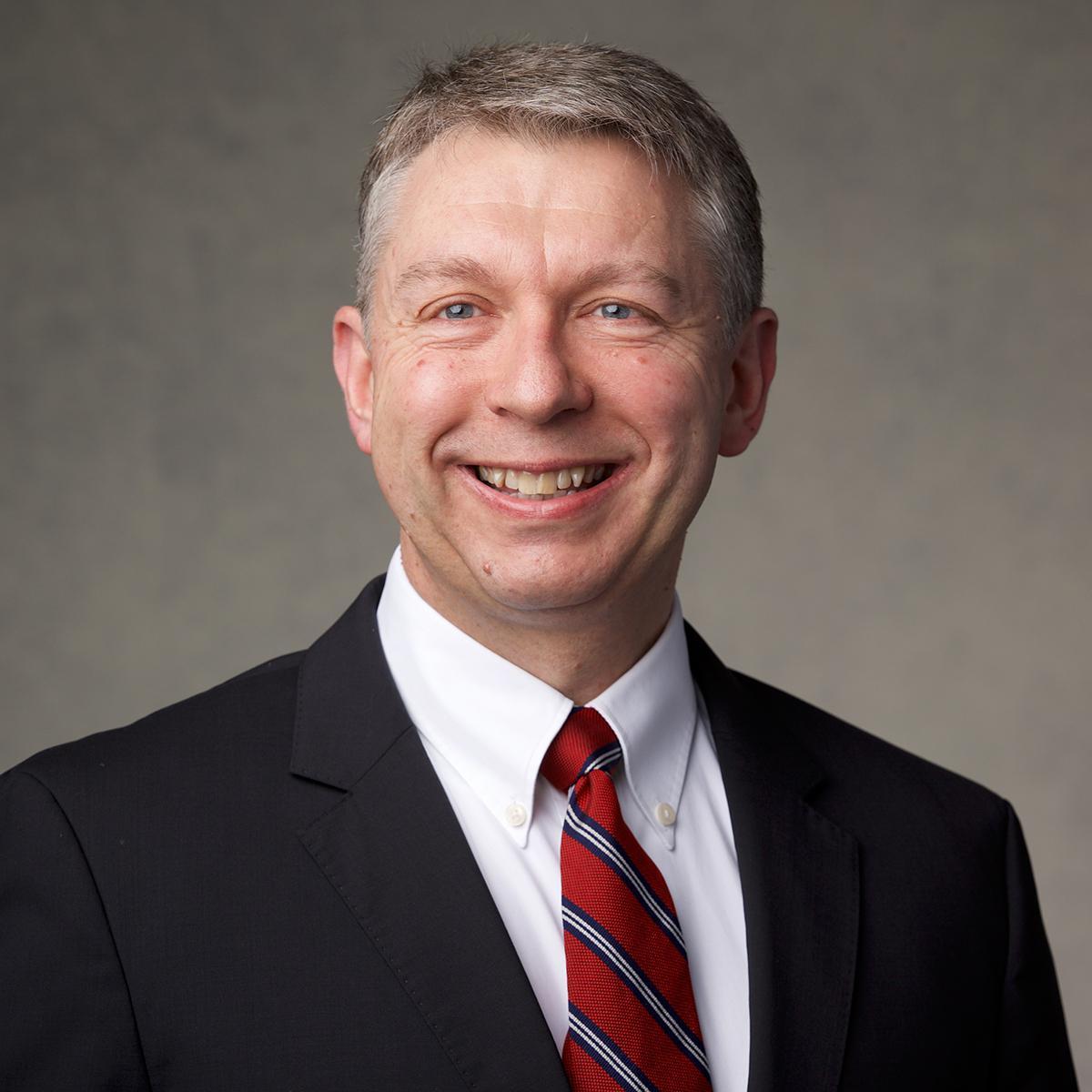 Elder K.Roy Tunnicliffe, Gebietssiebziger