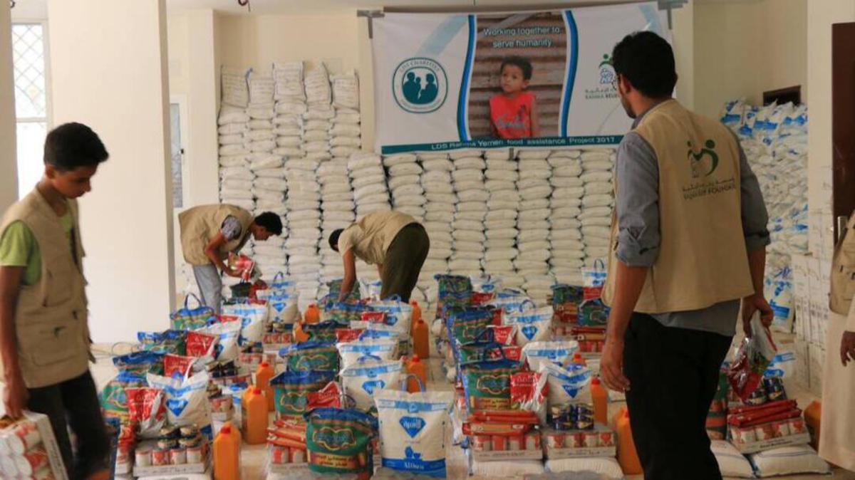Um bedürftige Familien im Jemen mit Nahrungsmitteln zu versorgen, haben sich die LDS Charities der Organisation Rahma Relief angeschlossen.